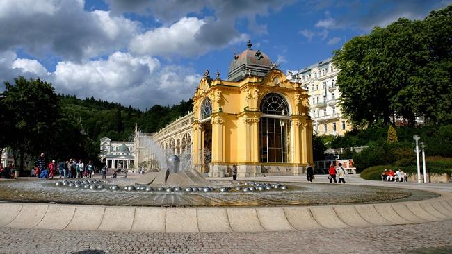 Město Mariánské Lázně | © jinpal song | Wikipedia