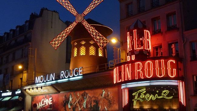 Moulin Rouge v Paříži   © Pixabay.com