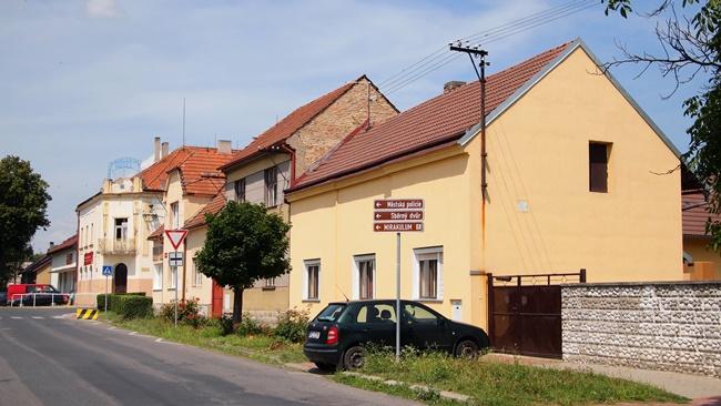 Město Milovice (okres Nymburk) | ©  Tiia Monto | Wikipedia