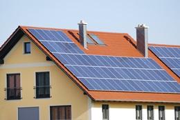 Fotovoltaická elektrárna na rodinný dům: Návod, cena, dotace 2018